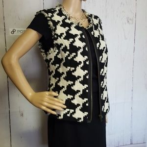 CAbi Abstract Houndstooth patterned Vest